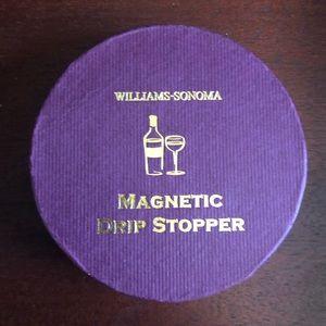 Williams Sonoma Wine Drip Stopper